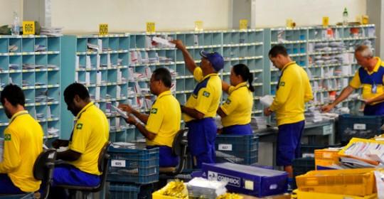Funcionários dos Correios prometem entrar em greve nesta quarta-feira